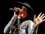 alicia-keys_hallenstadion_watermarked01