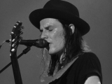 James_Bay_Blue_Balls_Festival_02