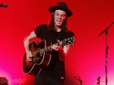 James_Bay_Blue_Balls_Festival_03