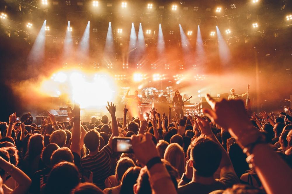 Mumford & Sons / Image source: Apple Music Festival, London 2015